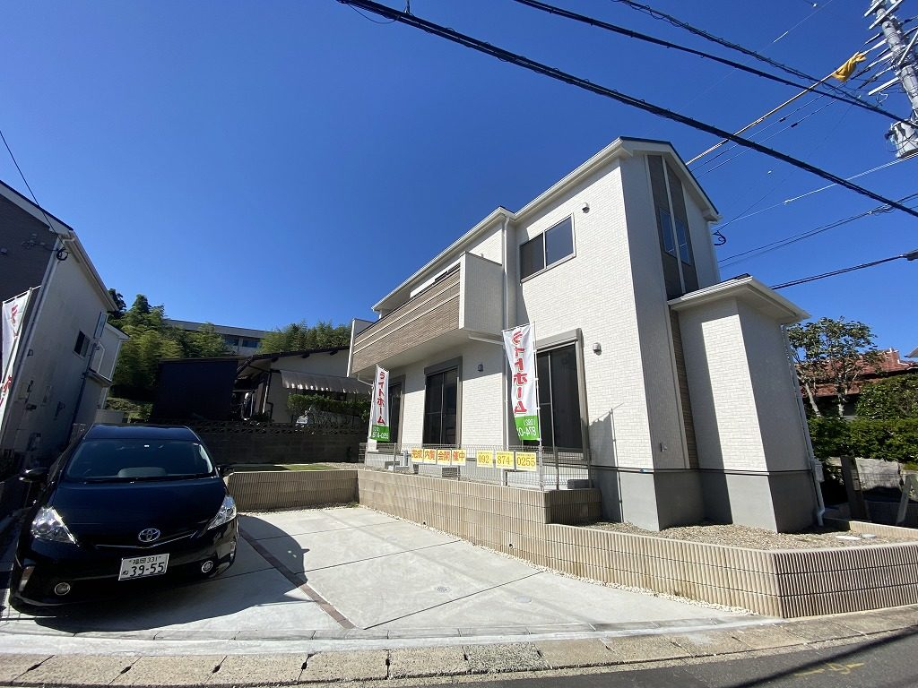 【成約】南区老司3-32-56 新築戸建て☆