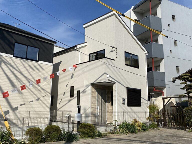 【新着】南区横手2-11-28 新築戸建て☆